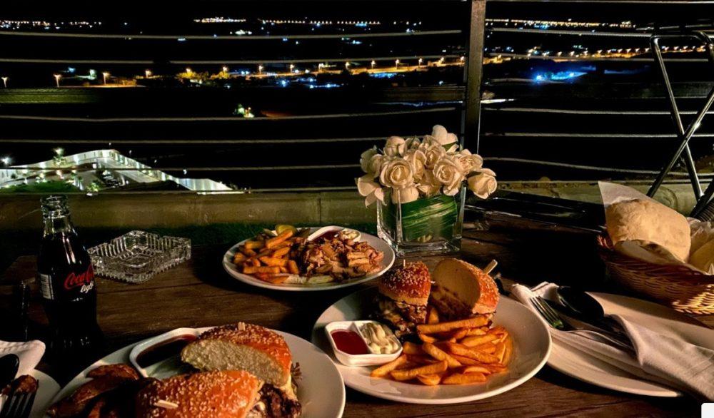 منتجع العمارية هيلز الكافيهات ومطعم الجبل الاكل السعودي